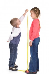 kids measuring each other_Measure Treasure_